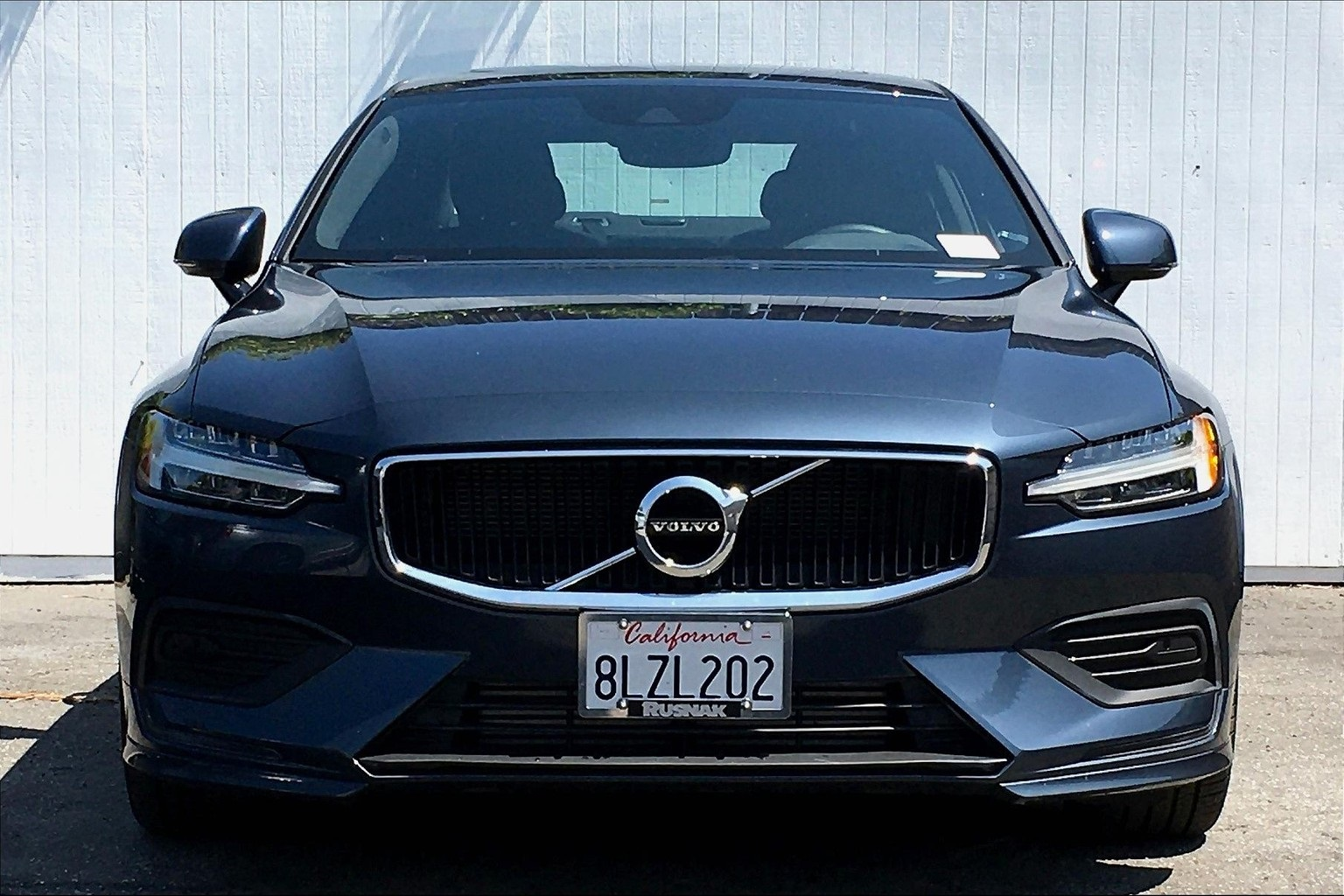 Pre-Owned 2020 Volvo S60 T5 Momentum