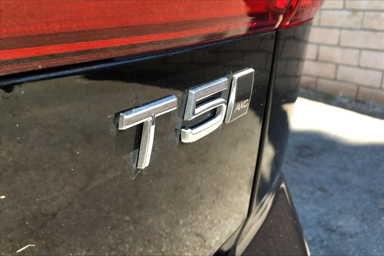 Certified Pre-Owned 2018 Volvo XC60 T5 Momentum